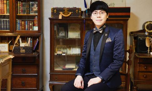 【東西名人】雜誌專訪。鋼筆美學大師韓玉青:發現漢字之美